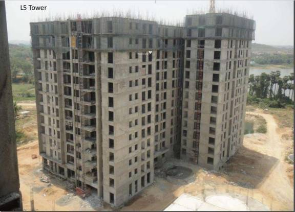 Arun Estancia Construction Status