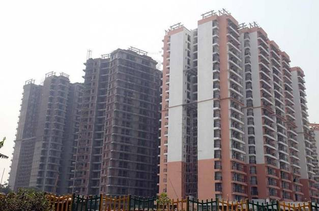 Gaursons Gaur Grandeur Construction Status