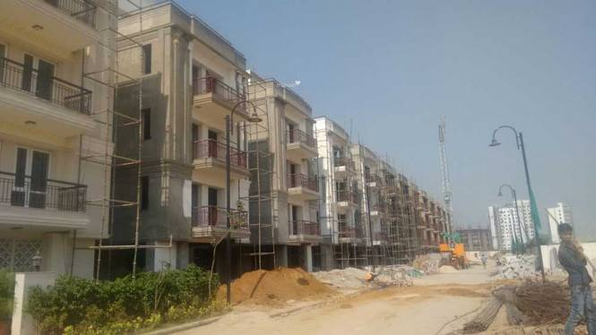 Anant The Estate Floors Construction Status
