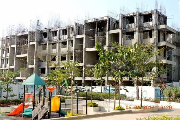 Goel Ganga Glitz Construction Status
