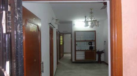 1200 sqft, 3 bhk Apartment in Builder Project Velachery, Chennai at Rs. 20000