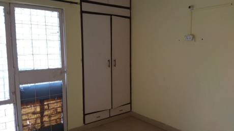 750 sqft, 1 bhk Apartment in Builder Gaurav Apartments Patparganj, Delhi at Rs. 70.0000 Lacs