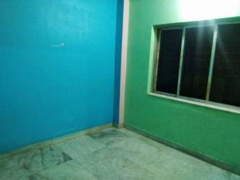 650 sqft, 2 bhk Apartment in Builder Project Picnic Garden, Kolkata at Rs. 25.0000 Lacs