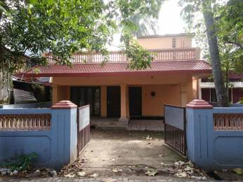 1200 sqft, 2 bhk IndependentHouse in Builder Project Maradu, Kochi at Rs. 12000