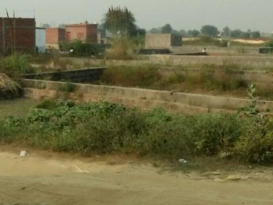 450 sqft, Plot in Builder Project Indian Oil Nagar, Noida at Rs. 5.5000 Lacs
