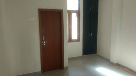 550 sqft, 1 bhk BuilderFloor in DLF Phase 3 Sector 24, Gurgaon at Rs. 15000