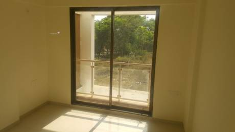 715 sqft, 1 bhk Apartment in Mahaavir Majesty Taloja, Mumbai at Rs. 35.0000 Lacs