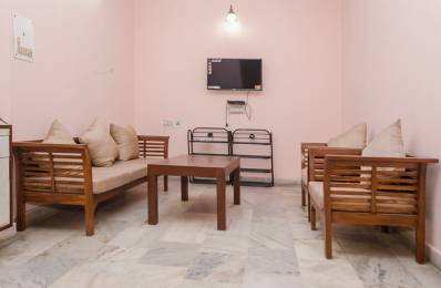 600 sqft, 1 bhk Apartment in Builder Project Preet Vihar, Delhi at Rs. 14000
