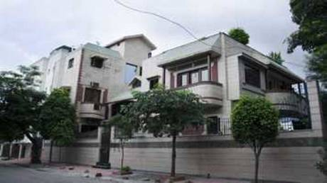 4950 sqft, 5 bhk Villa in Builder minal park vastrapur Vastrapur, Ahmedabad at Rs. 4.5000 Cr