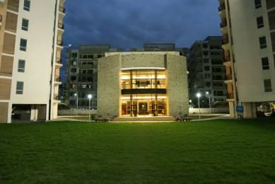 1685 sqft, 3 bhk Apartment in Builder Project Old Kalka Ambala Road, Zirakpur at Rs. 15000