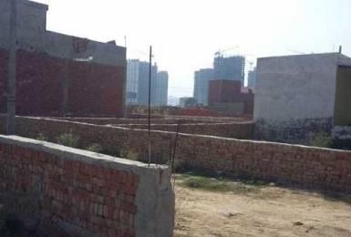 450 sqft, Plot in Builder vatika green city Sector 74, Noida at Rs. 5.5000 Lacs