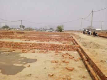 450 sqft, Plot in Builder Perfect property 122 Sector 122, Noida at Rs. 5.0000 Lacs