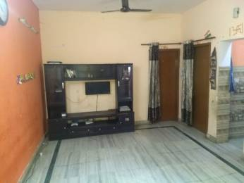 950 sqft, 2 bhk Apartment in Builder mADHUBAN aPARTMENT Sector 82, Noida at Rs. 10000