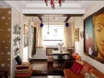 700 sqft, 2 bhk Apartment in Builder Project Walkeshwar, Mumbai at Rs. 4.5000 Cr