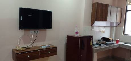 400 sqft, 1 bhk Apartment in Builder u block DLF CITY PHASeE 3, Gurgaon at Rs. 13000