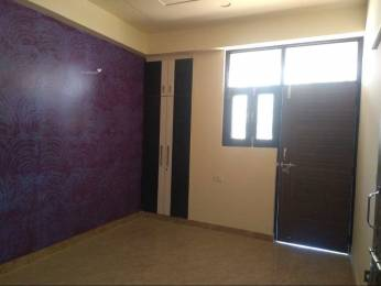 855 sqft, 2 bhk BuilderFloor in Lucky The Palm Valley Sector-1 Gr Noida, Greater Noida at Rs. 18.4500 Lacs