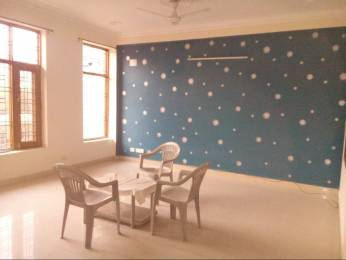 2200 sqft, 3 bhk IndependentHouse in Builder Project Sector 52, Noida at Rs. 24000