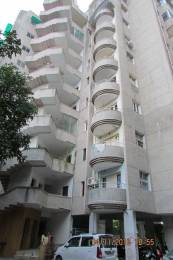 1800 sqft, 3 bhk Apartment in Builder Vraj Flats Race Course Circle, Vadodara at Rs. 26000