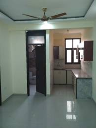 825 sqft, 2 bhk BuilderFloor in Builder Project Noida Extension, Greater Noida at Rs. 17.5000 Lacs