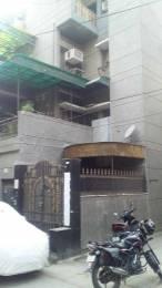 53ec4297dbf 2 BHK Flats for sale in Shalimar Bagh Delhi