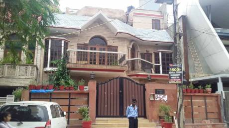2700 sqft, 4 bhk IndependentHouse in Builder Project A 3 Block, Delhi at Rs. 9.6500 Cr