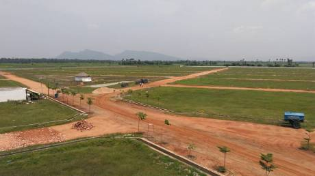 810 sqft, Plot in Bhoomatha Emerald City Bhogapuram, Visakhapatnam at Rs. 7.0000 Lacs