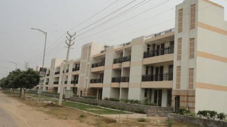 2700 sqft, 3 bhk BuilderFloor in Puri VIP Floors Sector 81, Faridabad at Rs. 16000