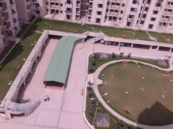 1650 sqft, 3 bhk Apartment in SRS Royal Hills Sector 87, Faridabad at Rs. 65.0000 Lacs