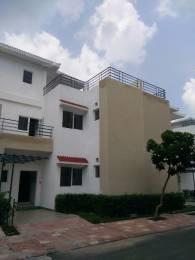 1742 sqft, 3 bhk Villa in Paramount Golfforeste Villas Zeta, Greater Noida at Rs. 81.0030 Lacs