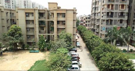1314 sqft, 3 bhk Apartment in Builder Housing Socty Flat Vasundhara Sector 5, Ghaziabad at Rs. 80.0000 Lacs