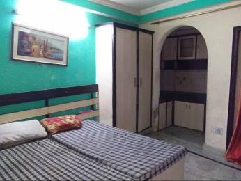 250 sqft, 1 bhk Apartment in Builder ram palace Sarita Vihar, Delhi at Rs. 7500