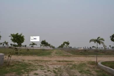 1350 sqft, Plot in Builder green city redincial plots noida FNG ROAD, Noida at Rs. 5.2000 Lacs