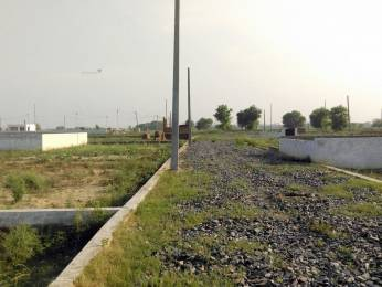 720 sqft, Plot in Builder bkr green city sales manager geeta yadav FNG ROAD, Noida at Rs. 2.8000 Lacs