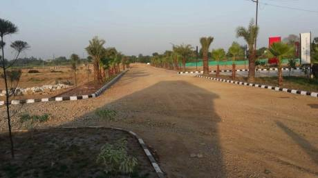 1800 sqft, Plot in Builder bkr green city sales manager geeta yadav FNG ROAD, Noida at Rs. 7.0000 Lacs