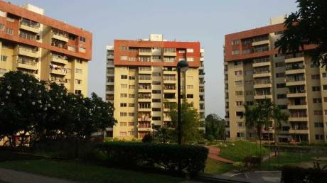 1700 sqft, 3 bhk Apartment in Builder Project Uttorayon Township, Siliguri at Rs. 30000