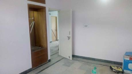 1050 sqft, 2 bhk Apartment in Reputed Shatabdi Rail Vihar Sector 62, Noida at Rs. 13000