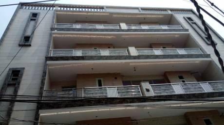 1170 sqft, 4 bhk BuilderFloor in Builder Project Mohan Garden, Delhi at Rs. 79.9000 Lacs
