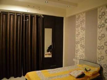 955 sqft, 2 bhk Apartment in Prateek Laurel Sector 120, Noida at Rs. 12500