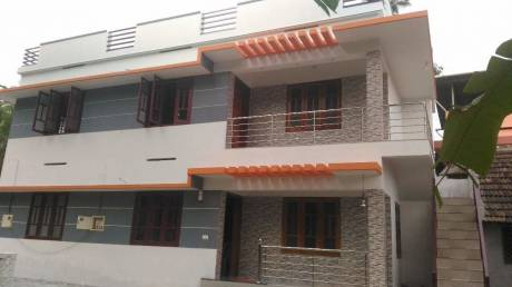1000 sqft, 3 bhk IndependentHouse in Builder Project Mannammoola, Trivandrum at Rs. 20000