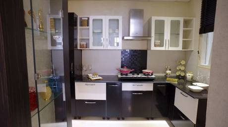 800 sqft, 2 bhk Apartment in Builder Project Lalbagh, Lucknow at Rs. 10000