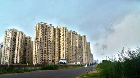 1360 sqft, 3 bhk Apartment in Paramount Floraville Sector 137, Noida at Rs. 70.0000 Lacs
