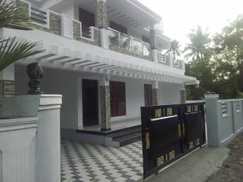 1860 sqft, 3 bhk IndependentHouse in Builder Project Edappally, Kochi at Rs. 64.0000 Lacs