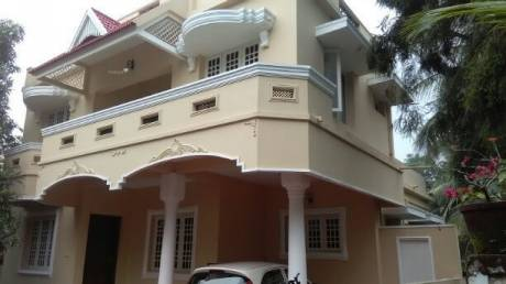 2000 sqft, 4 bhk IndependentHouse in Builder Project Palarivattom, Kochi at Rs. 81.0000 Lacs
