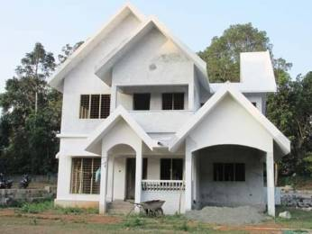 2000 sqft, 4 bhk IndependentHouse in Builder Project Thripunithura, Kochi at Rs. 63.0000 Lacs