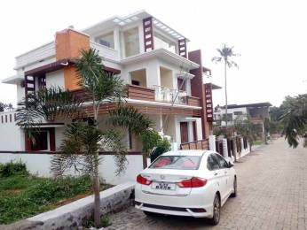 2600 sqft, 4 bhk IndependentHouse in Builder Project Aluva, Kochi at Rs. 1.3000 Cr