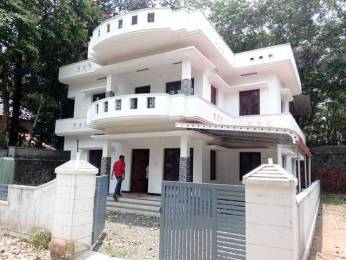 2000 sqft, 3 bhk IndependentHouse in Builder Project Thripunithura, Kochi at Rs. 65.0000 Lacs