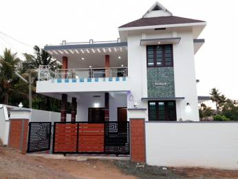 2650 sqft, 5 bhk IndependentHouse in Builder Project Edappally, Kochi at Rs. 98.0000 Lacs