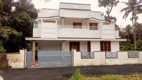 1730 sqft, 3 bhk IndependentHouse in Builder Project Kakkanad, Kochi at Rs. 52.0000 Lacs