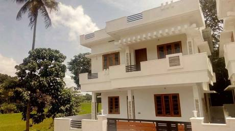 1300 sqft, 3 bhk IndependentHouse in Builder Project Kakkanad, Kochi at Rs. 51.0000 Lacs