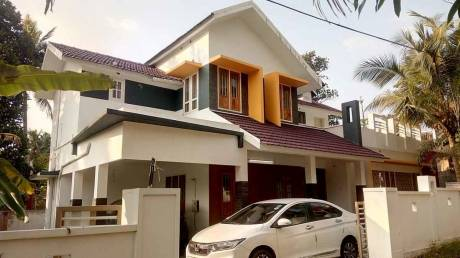 2300 sqft, 4 bhk IndependentHouse in Builder Project Changanassery, Kottayam at Rs. 90.0000 Lacs